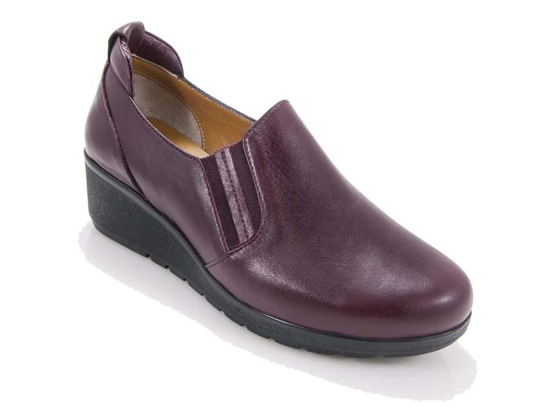 Safe Step women's anatomic leather